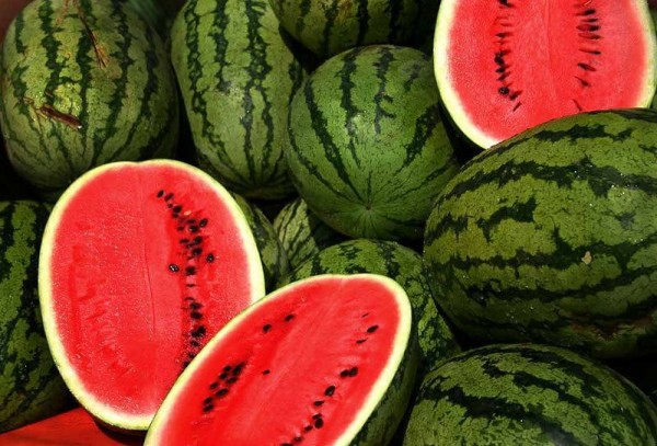 Celebrate The End of Summer With Watermelon Agua Fresca Recipe