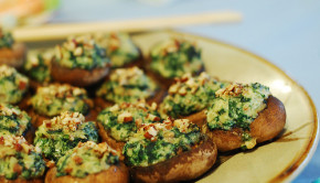 stuffed mushrooms with spinach, nuts and cheese