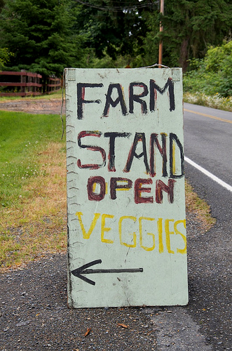 farmstandsignpic