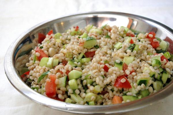 Barley vs Brown Rice + How to Cook Barley