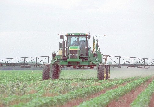 Herbicide Application Increasing with GMO Agriculture