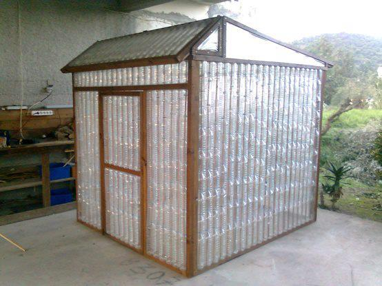 Build a greenhouse from plastic water bottles for Build own greenhouse