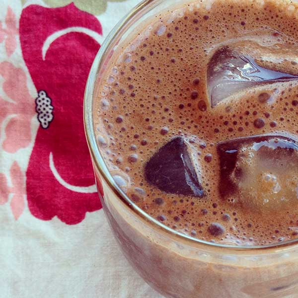 Coffee Alternative: Maca Mocha Smoothie