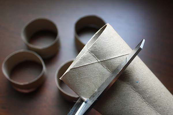 How to Make Napkin Rings for Your Next Dinner Party