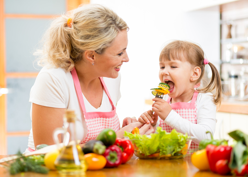 7 Tips to Get Your Kids Eating Healthy Food