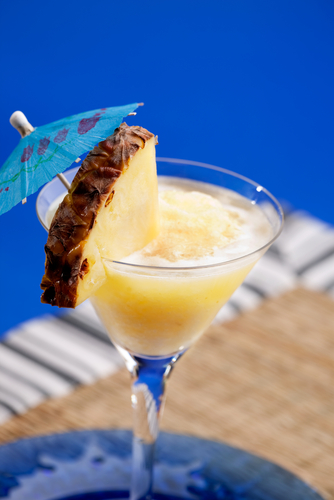 5 Spring Cocktails Because It's Tiki Time!