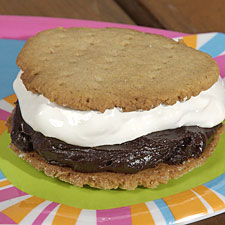 In honor of National S'Mores Day, I've rounded up my favorite s'mores recipes.  Enjoy s'more because they don't call them s'lesses.