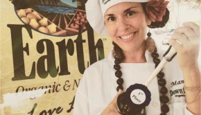 Vegans rejoice! In a big win for plant-based food advocates everywhere, my dear friend Chef Mama T won the 2015 Chili Pepper Festival chili cookoff contest hosted by the Aloha Farm Lovers Market in Honolulu, Hawaii.